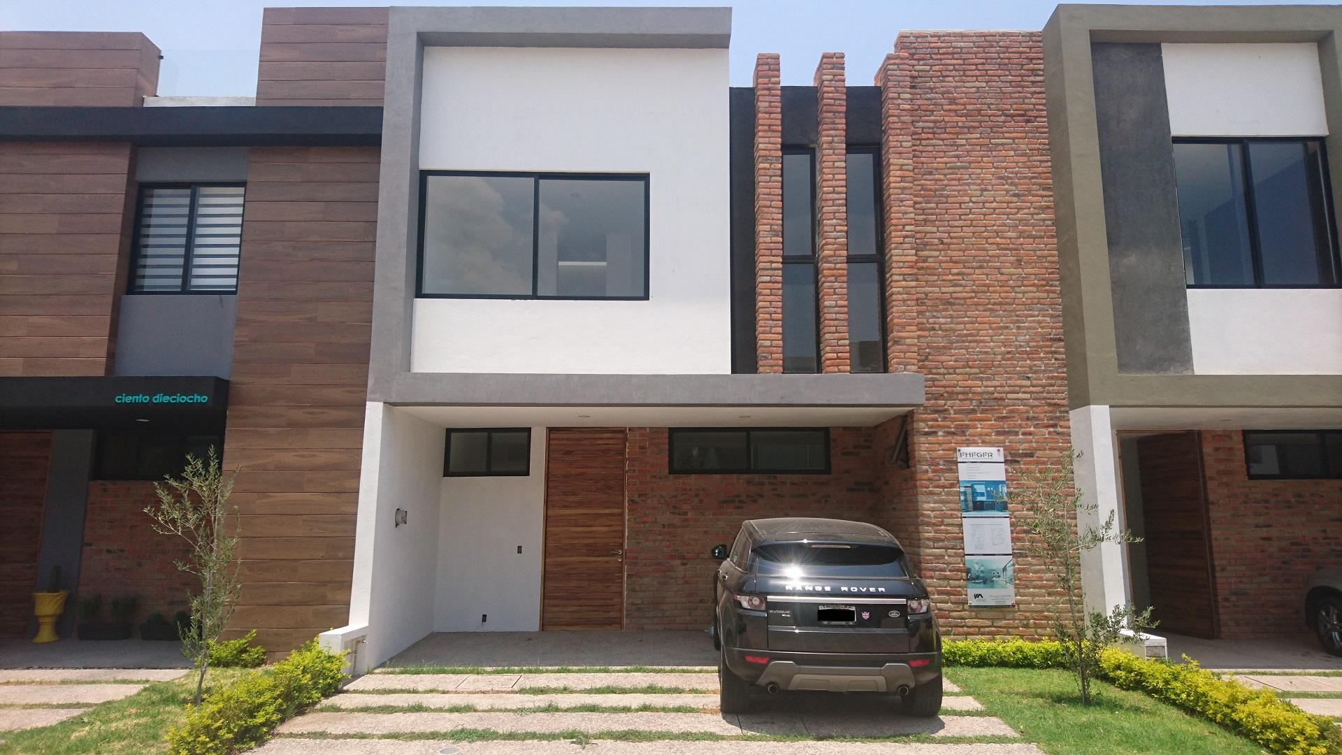 Casa en venta coto Soaré, Zona Real, Zapopan